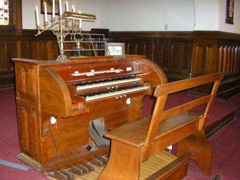 UUCSP Estey Organ