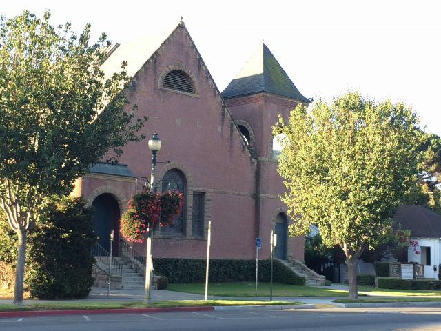 Universalist Unitarian Church of Santa Paula